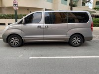 Selling Grey Hyundai Starex 2012 in Manila
