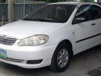 Selling White Toyota Corolla 2005 Sedan in Cebu City