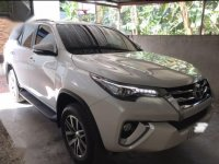 Selling Pearlwhiye Toyota Fortuner 2017 in Lipa City