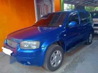 Selling Blue Ford Escape 2002 in Pinamalayan