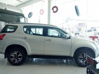 Sell White 2020 Isuzu Mu-X in Sta. Rosa Toll Gate