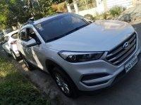 Selling White Hyundai Tucson 2016 in Manila