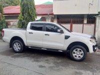 Selling White Ford Ranger 2013 Truck in Manila