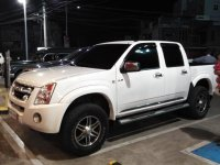 White Isuzu D-Max 2013 for sale in Manila
