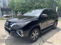 Selling Black Toyota Fortuner 2017 in Manila