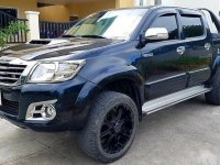 Selling Blue Toyota Hilux 2014 in Manila