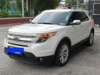 Selling White Ford Explorer 2012 in Quezon City