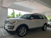 Sell White 2017 Ford Explorer in Manggahan