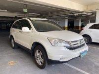 Selling White Honda Cr-V in Manila