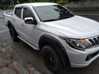 White Mitsubishi Strada for sale in Batangas