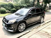 Selling Black Toyota Rav4 in Manila