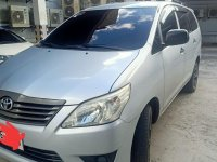 Selling Silver Toyota Innova 2015 in Quezon City