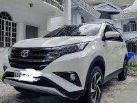 Selling White Toyota Rush in Lapu-Lapu