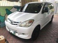 Sell White 2010 Toyota Avanza in Manila