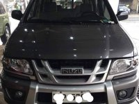 Selling Black Isuzu Crosswind in Manila