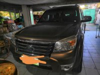 Brown Ford Everest for sale in Makati City