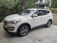 White Hyundai Santa Fe for sale in Quezon City