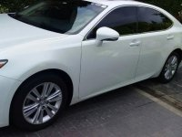Pearl White Lexus ES 350 2013 for sale in Muntinlupa