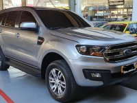 Selling Silver Ford Everest 2018 in Manila