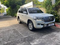 Sell White 2019 Toyota Land Cruiser in Makati