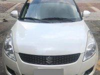 Sell White Suzuki Swift in Quezon City