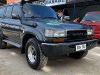 Selling Black Toyota Land Cruiser in Meycauayan
