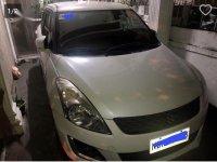 Selling Pearl White Suzuki Swift in Quezon City