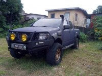 Selling Black Nissan Navara 2009 in Manila