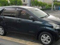 Selling Black Toyota Avanza in Manila