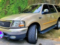 Sell Beige Ford Expedition in Pasig