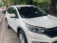 Sell White Honda CR-V 2017 in Las Piñas