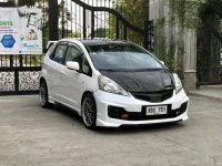 Sell White 2009 Honda Jazz Hatchback Automatic at 115000 km in Manila