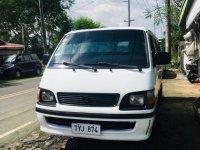 Pearl White Toyota Hiace 2004 for sale in Manila