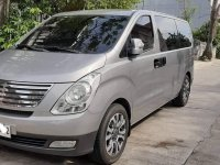 Sell Grey 2015 Hyundai Grand starex in Valenzuela