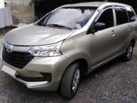 Selling White Toyota Avanza 2017 in Cebu City