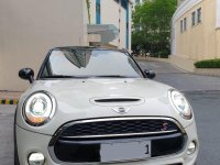 White Mini Cooper 2017 for sale in Manila