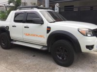 Selling Pearl White Ford Ranger 2009 in Quezon City
