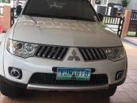 Selling White Mitsubishi Montero 2010 in Cebu City