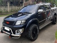 Blue Toyota Hilux 2014 for sale in Davao