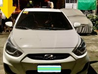 White Hyundai Accent 2013 for sale in Manila