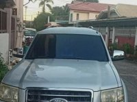 Silver Ford Everest 2009 for sale in Quezon City