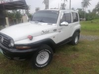 White SsangYong Korando 2006 for sale in Samal