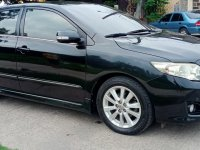 Selling Black Toyota Corolla Altis 2010 in Manila