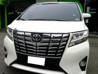 Selling White 2016 Toyota Alphard in Paranaque