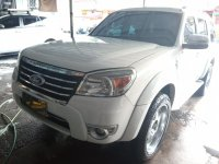 Selling White Ford Everest Ice Edition 2012 in Paranaque