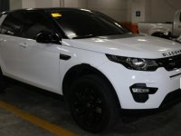 Selling White Land Rover Discovery 2017 in Taguig
