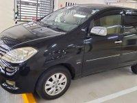 Black Toyota Innova 2011 for sale in Mandaluyong
