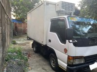 Selling White Isuzu Elf 2001 in Bocaue