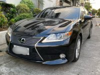 Selling Black Lexus ES350 2015 in Pasig
