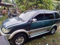 Green Isuzu Crosswind 2008 for sale in Tuy